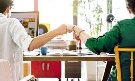 Trik Sukses Mengembangkan Bisnis Bareng Teman