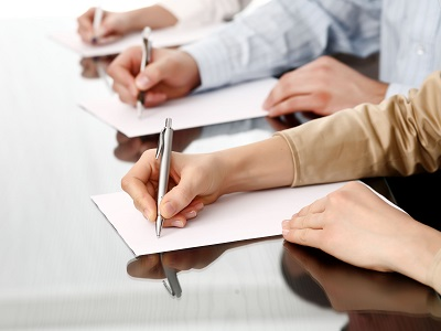 Trik Menulis Surat Lamaran Pekerjaan