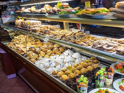 Cara Profesional Mengembangkan Bisnis Toko Kue